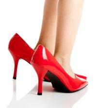 Schuhe kaufen - für Frauen und Männer m it kleinen Füßen ist das häufig eine Tortur